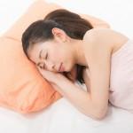 寝てる時によだれが出る3つの原因とは?睡眠中の病気の可能性も!?